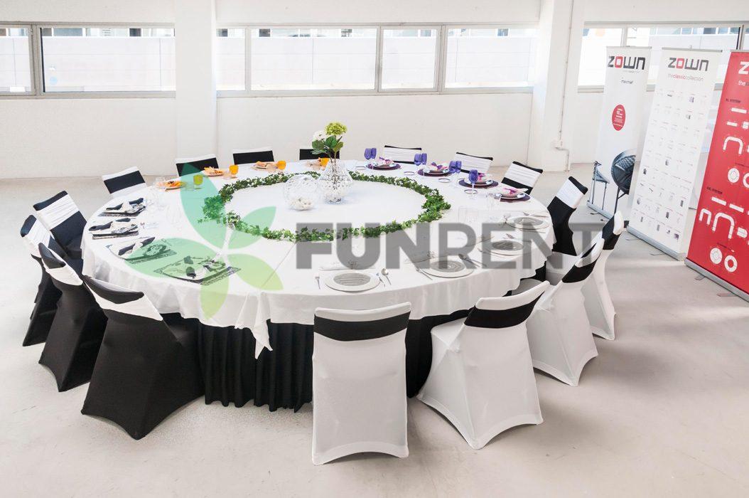Ümmargune laud Q333cm -